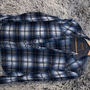 Other - Flannel bundle! XL/L. 3 flannels